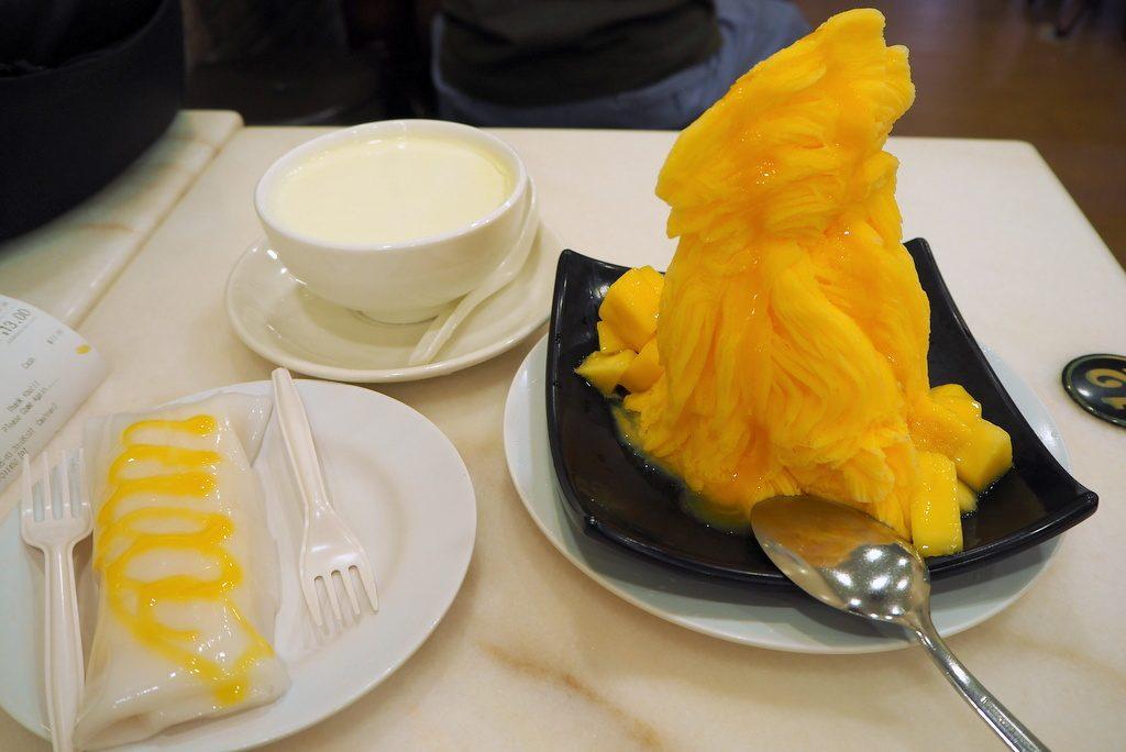 味香園のマンゴーかき氷